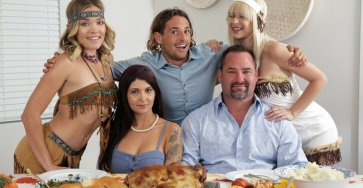 Thanksgiving Time For - Jessie Saint, Katie Kush